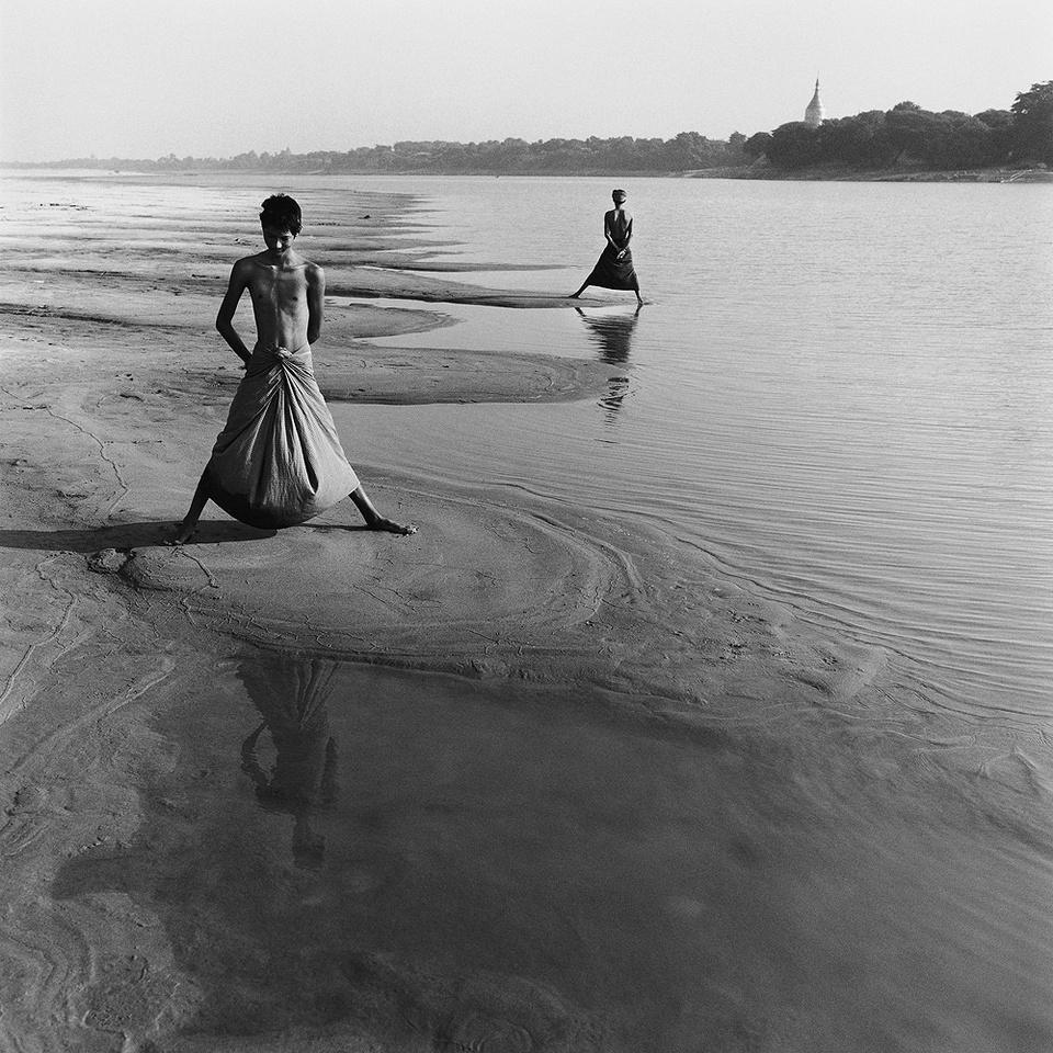 Медитативная красота Бирмы в объективе Моники Деневан