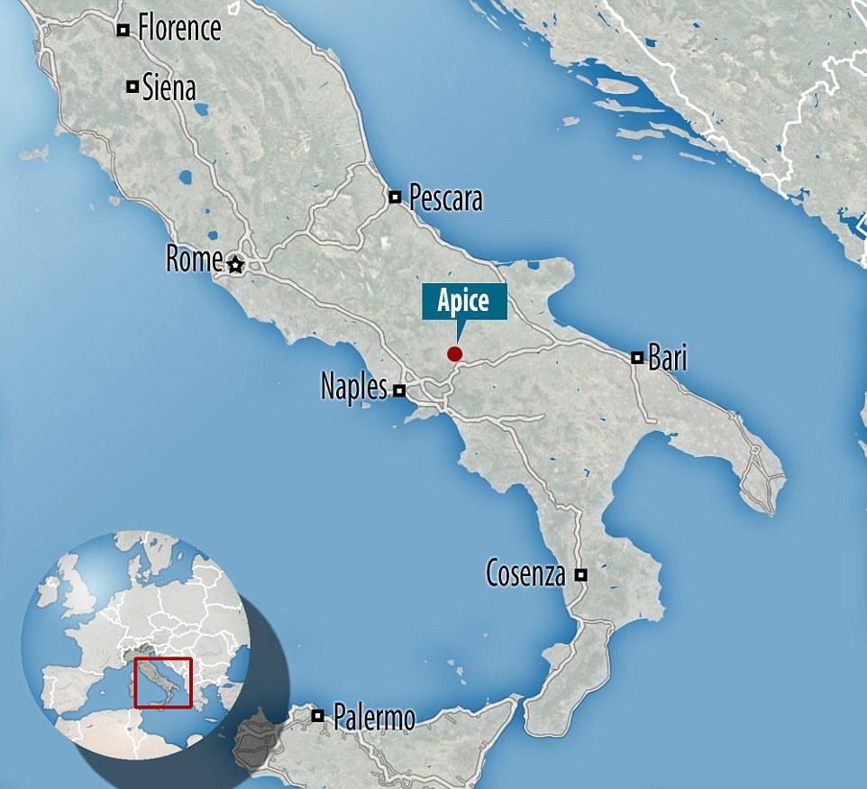 Итальянский город-призрак, оставленный жителями посте землетрясения 36 лет назад