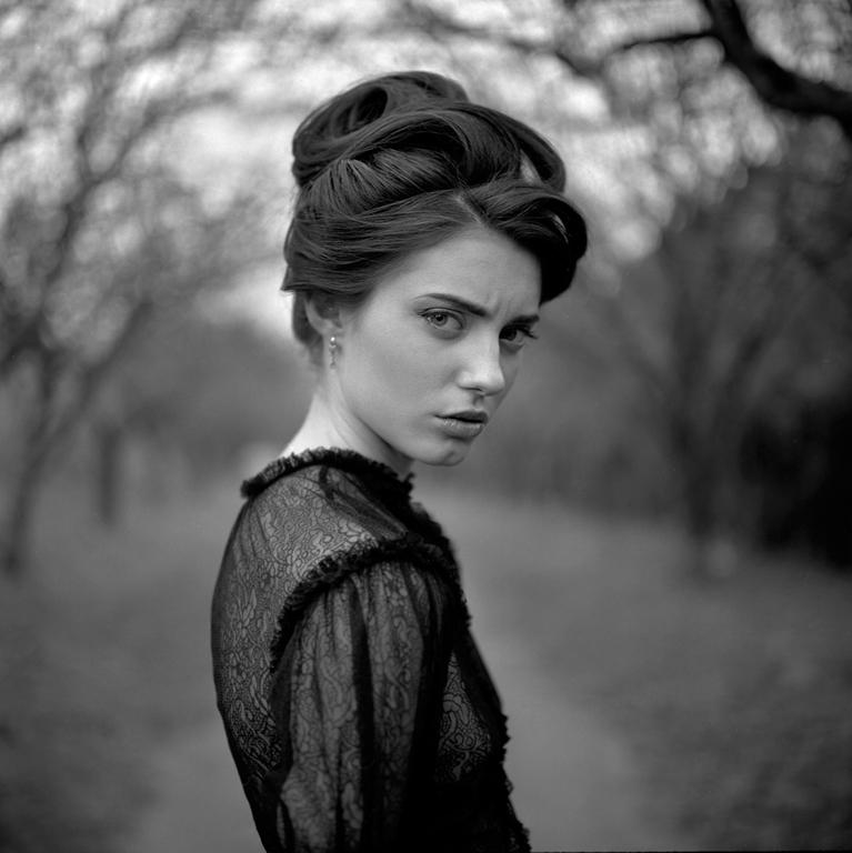 Чувственные фото от Эжена Рено