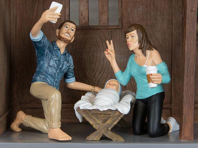 Как бы выглядела сцена рождения Иисуса Христа в 2016 году