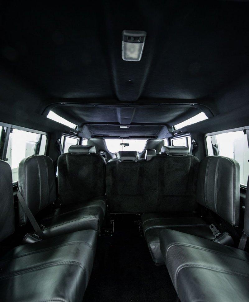 Land Rover Defender от мастеров East Coast Defender