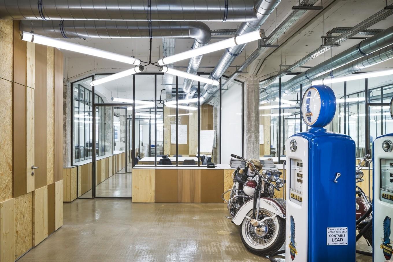 Офис агентства путешествий для любителей Harley Davidson