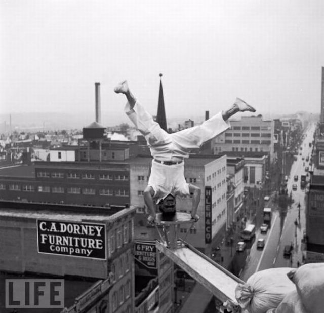 Смертельный номер: безумные трюки в ретрофотографиях