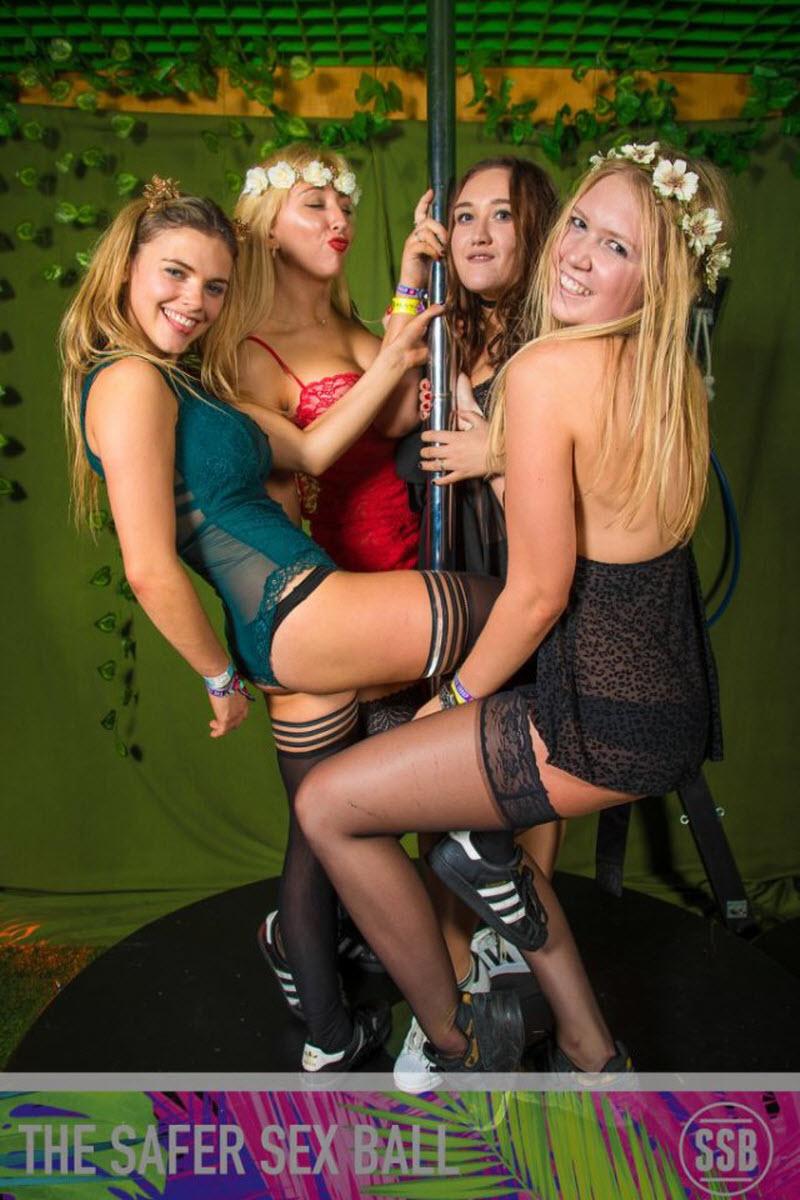 Благотворительная студенческая вечеринка The Safer Sex Ball