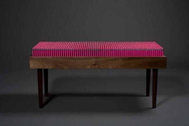 Скамейка из карандашей