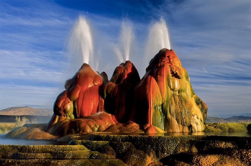 11 гейзеров, демонстрирующих невероятную мощь и силу Земли