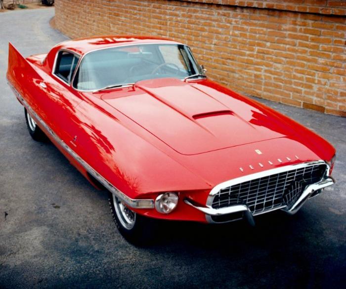 Интересный автомобиль Ferrari 410 Superamerica