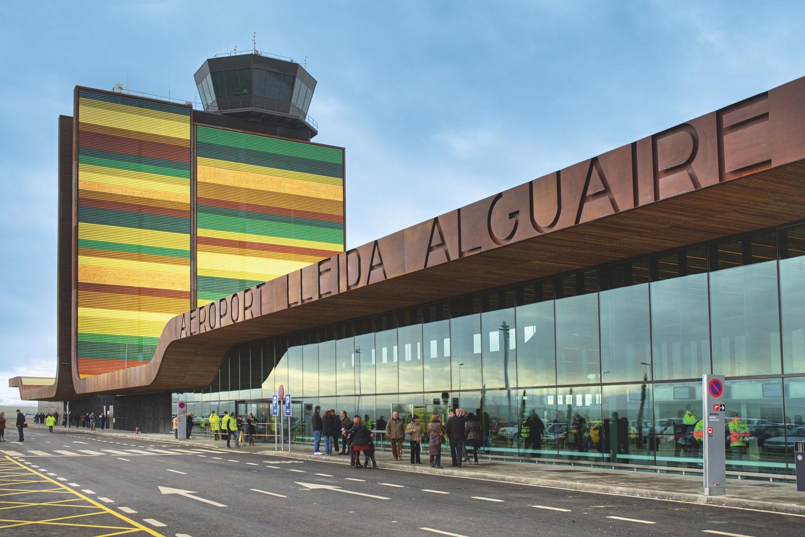 Когда аэропорт — произведение искусства