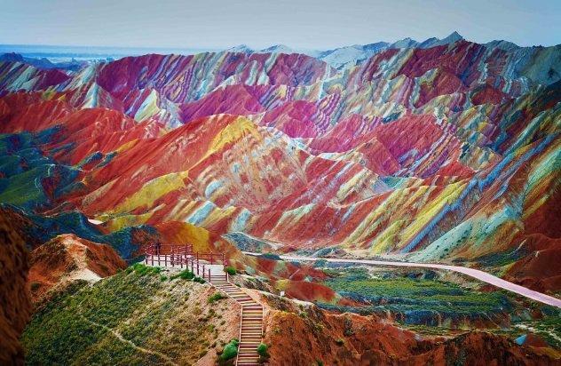 Удивительные горы, окружённые таинственностью