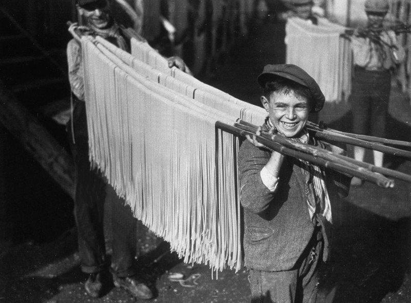 Макаронная фабрика прошлого века