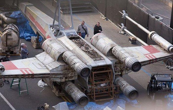 В Лос-Анджелесе появился полноразмерный истребитель X-wing