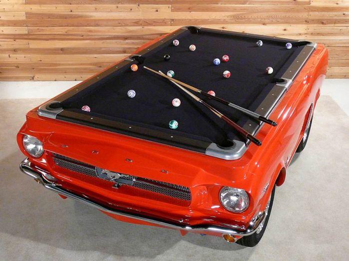 Бильярдный стол за 15 тысяч долларов