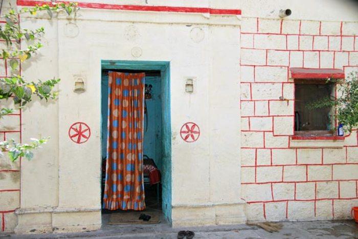 Деревня без дверей