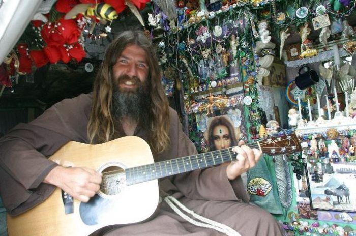 Джеймисон Годлав - человек из эпохи хиппи