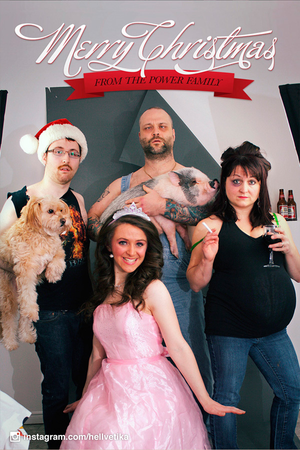 Веселенькая семейка ежегодно делает потрясные рождественские фото