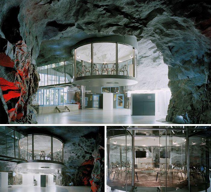 Здания, которые могли быть базой главного злодея в кино