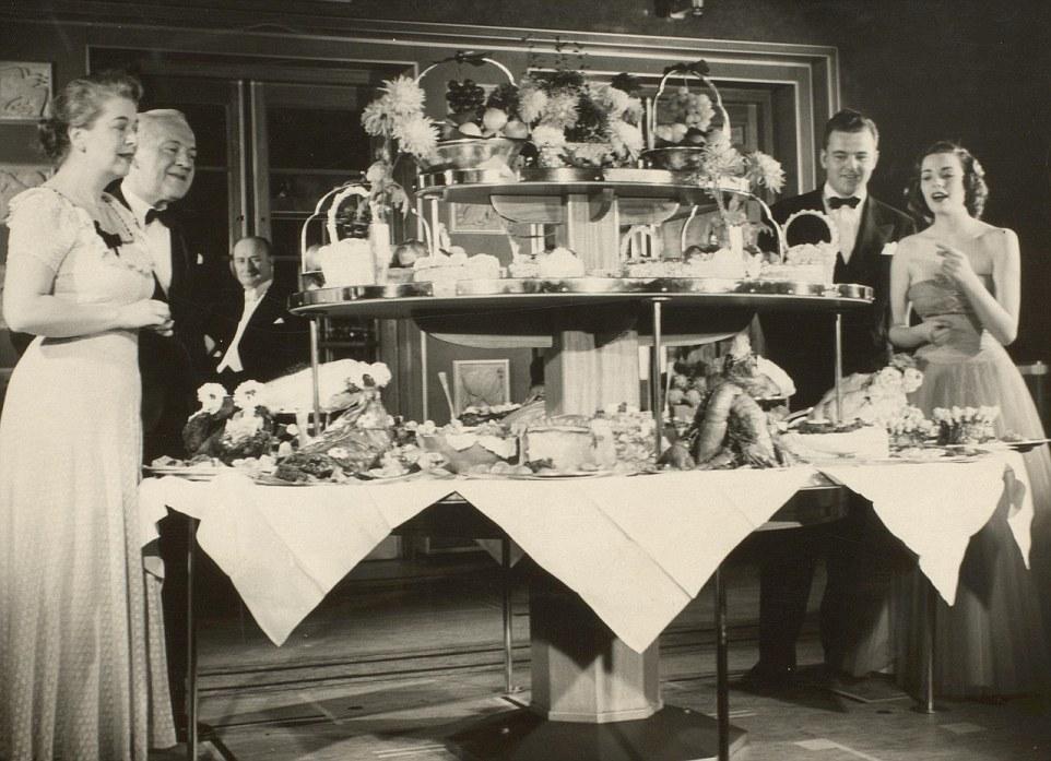 Чёрно-белые снимки Рождества 1920 – 1950 годов