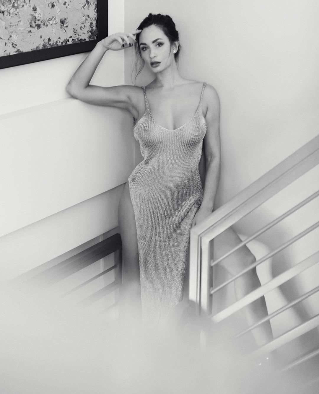Горячие фото из Instagram Рози Рофф
