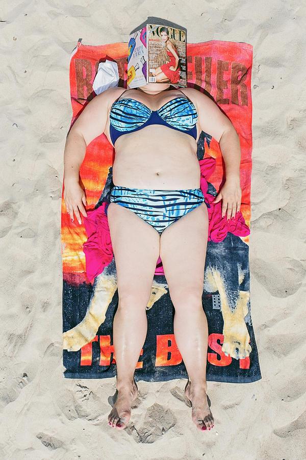 Рядовые пляжники в объективе Тадао Церна