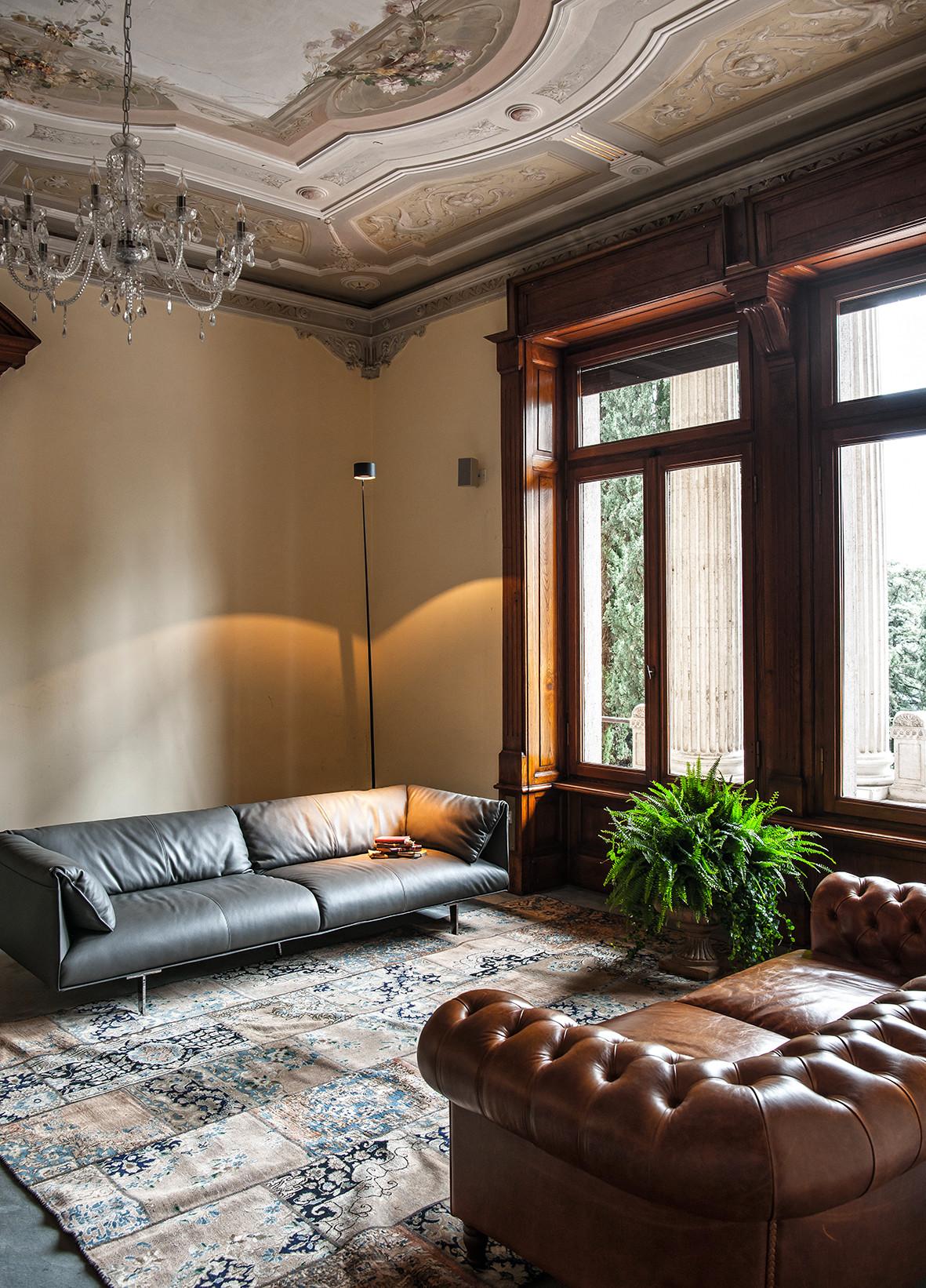 Выставка современного дизайна в интерьерах Виллы Альба в Италии