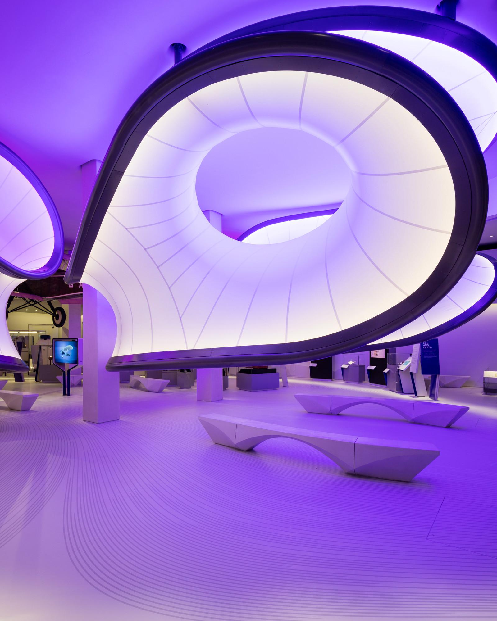 Галерея Уинтон: Математика от Zaha Hadid Architects