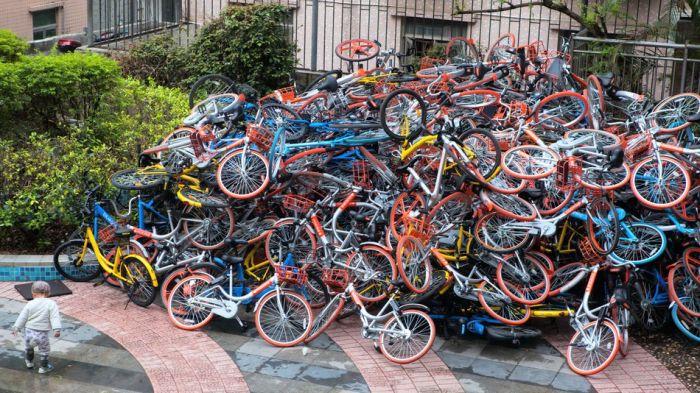 Свалки прокатных велосипедов в Китае