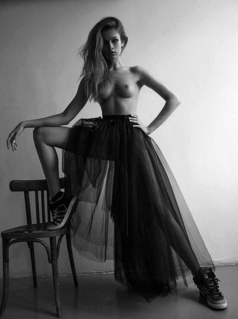 Девушки на чёрно-белых фэшн снимках Юрия Трескова