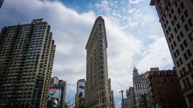 Флэтайрон-билдинг: известный небоскреб на Манхэттене