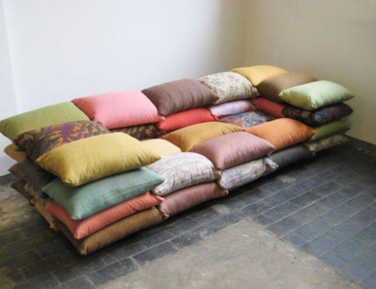 10 старых вещей, которые были переделаны в диваны