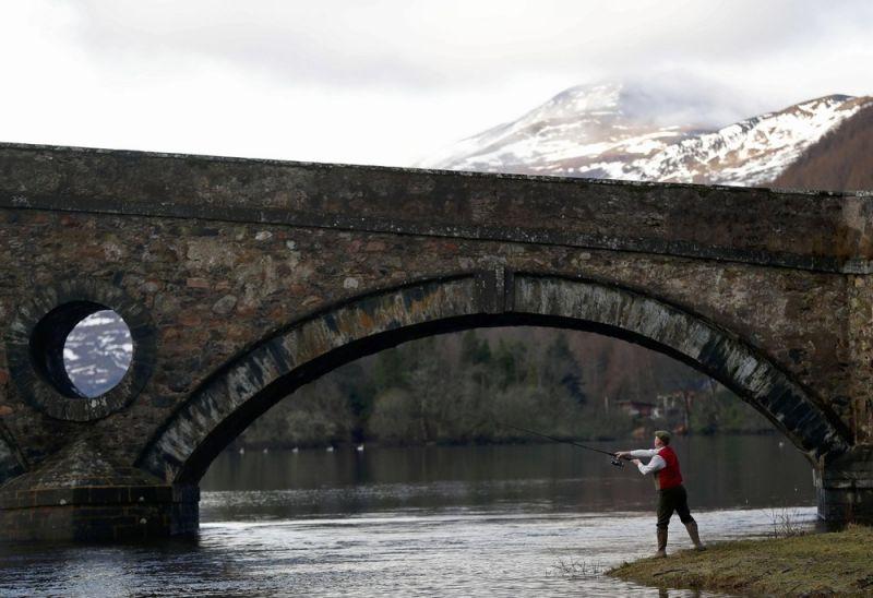 Открытие сезона ловли лосося в Шотландии