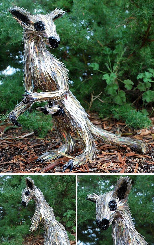 Потрясающие скульптуры животных из компакт-дисков