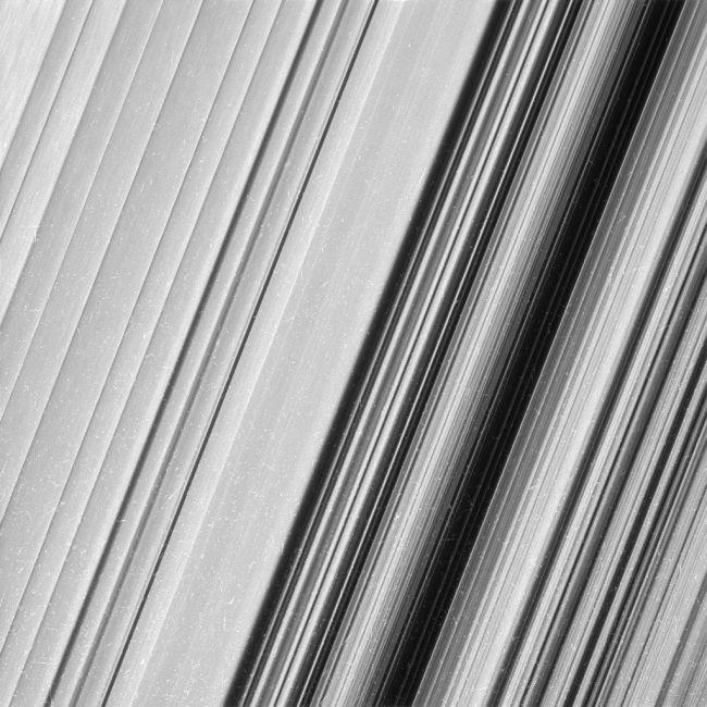 Кольца Сатурна в максимальном разрешении