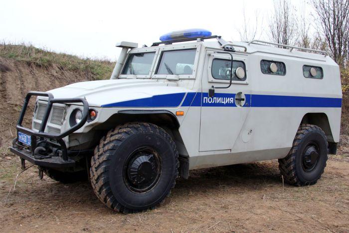 Специальные машины полиции разных стран