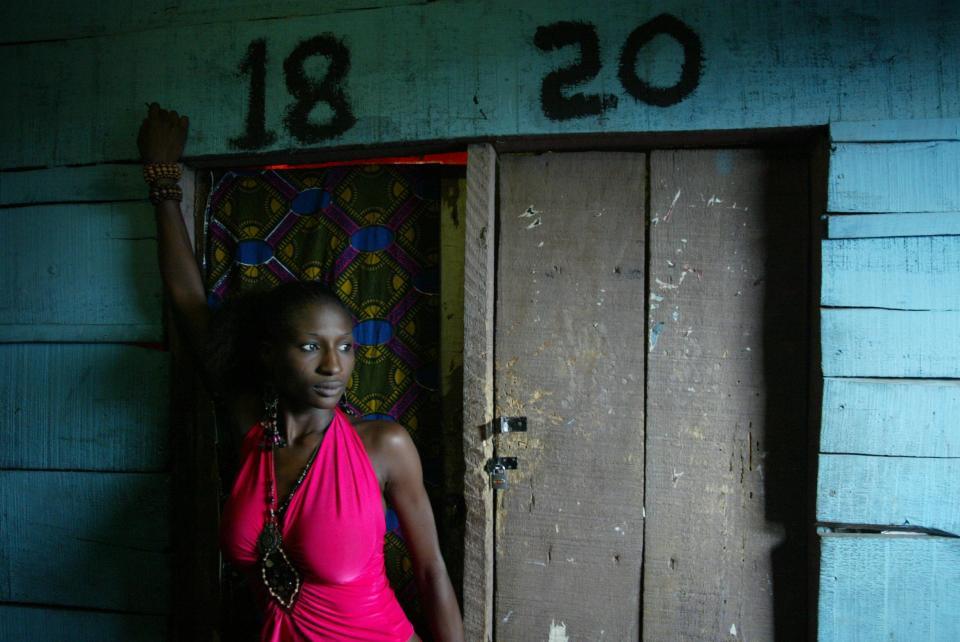Ангелы смерти: фото проституток из Нигерии