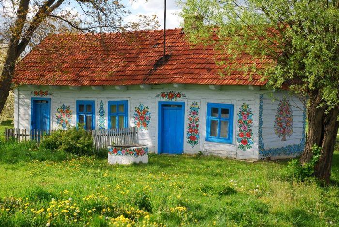 Залипье - самая яркая деревня Польши