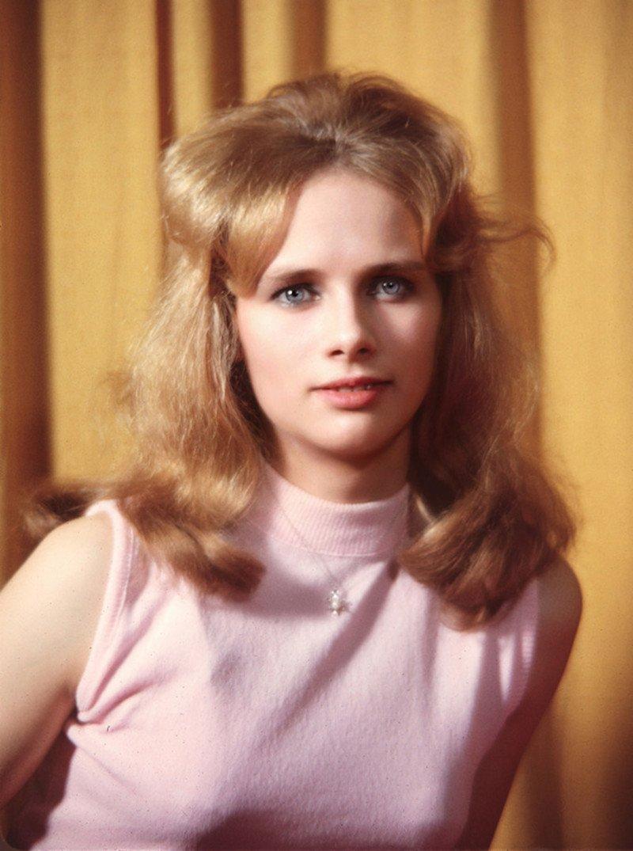 Красивые девушки из 60-х
