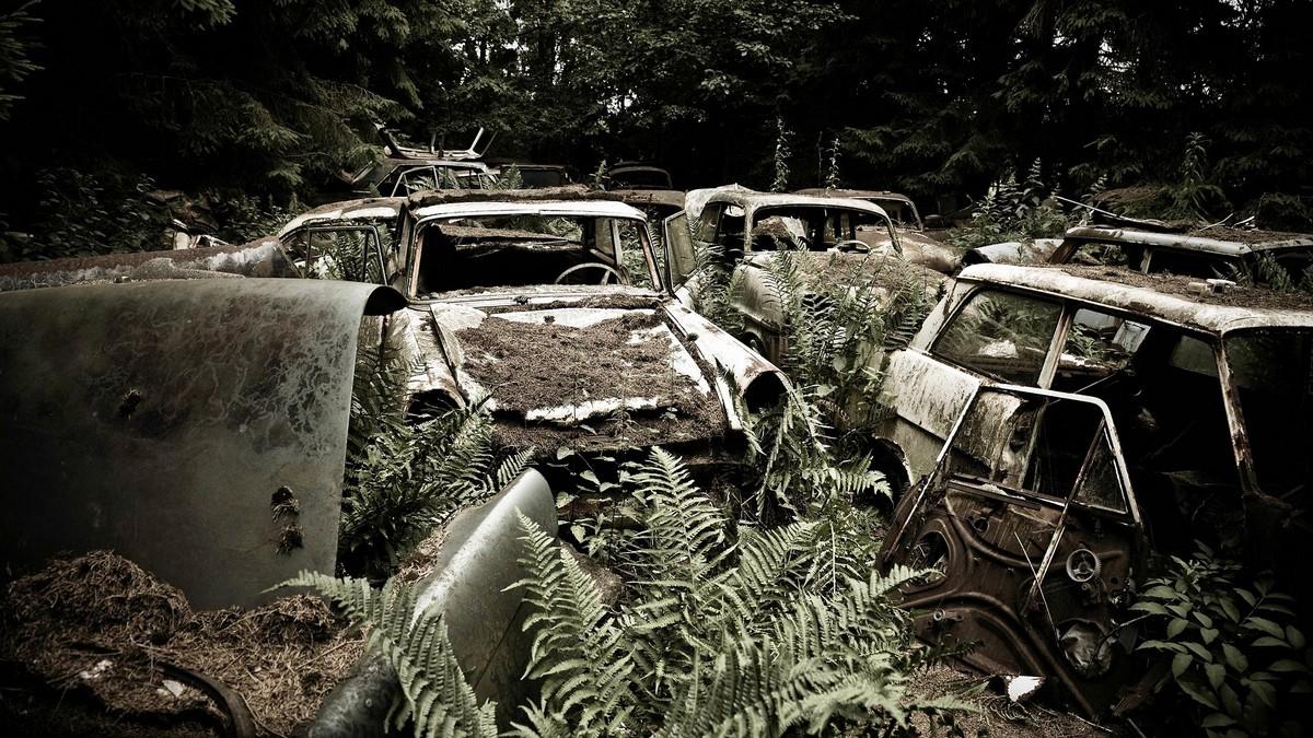 Странные кладбища брошенных вещей