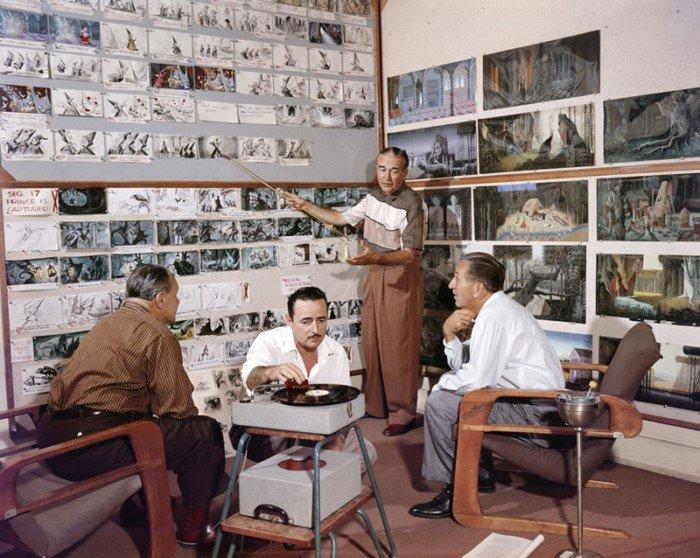 Ретро фотографии из жизни студии Уолта Диснея