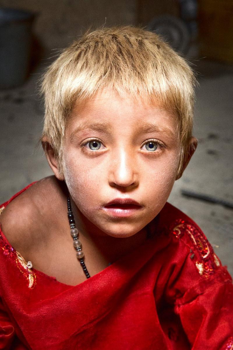 Фотограф объехал 84 страны, чтобы показать лица людей со всех уголков мира