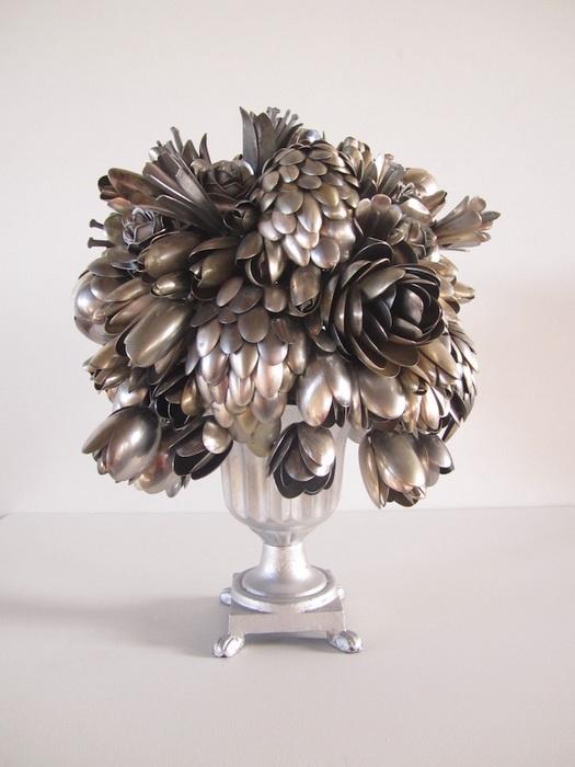 Цветы из столовых приборов