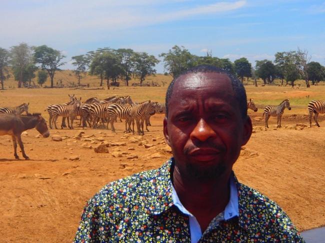 Каждый день этот мужчина спасает диких животных от гибели
