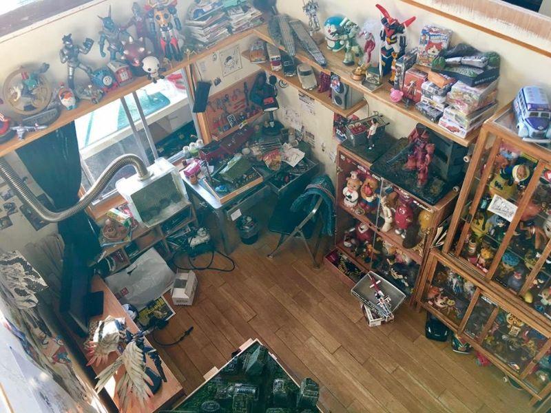 Миниатюрная диорама комнаты, выполненная гиком