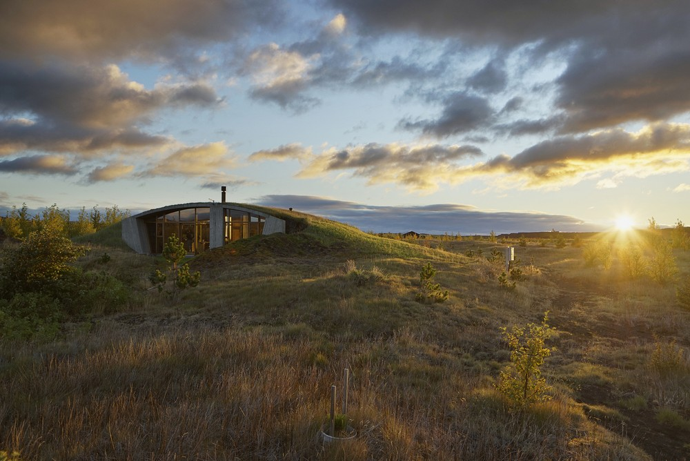 Дом среди природы в Исландии