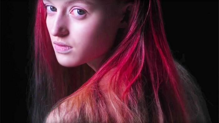 Изобретена краска для волос, меняющая цвет