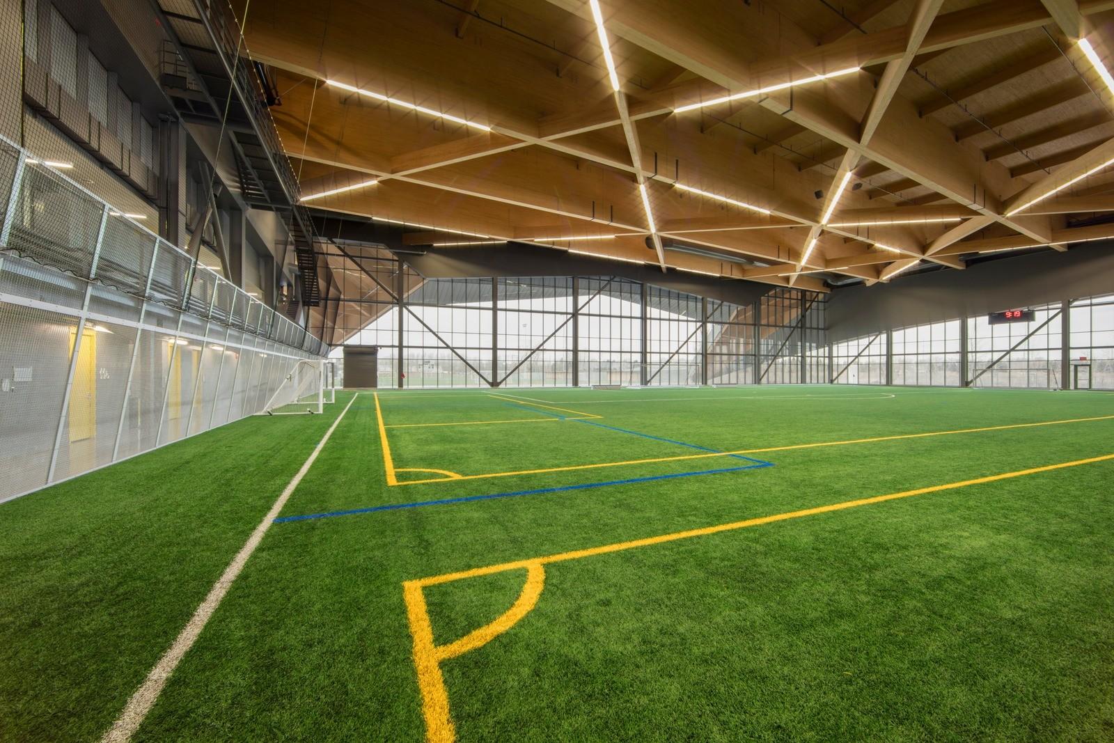Новый футбольный стадион Монреаля