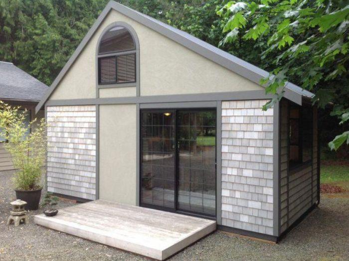 Комфортный и уютный дом площадью 18 квадратных метров