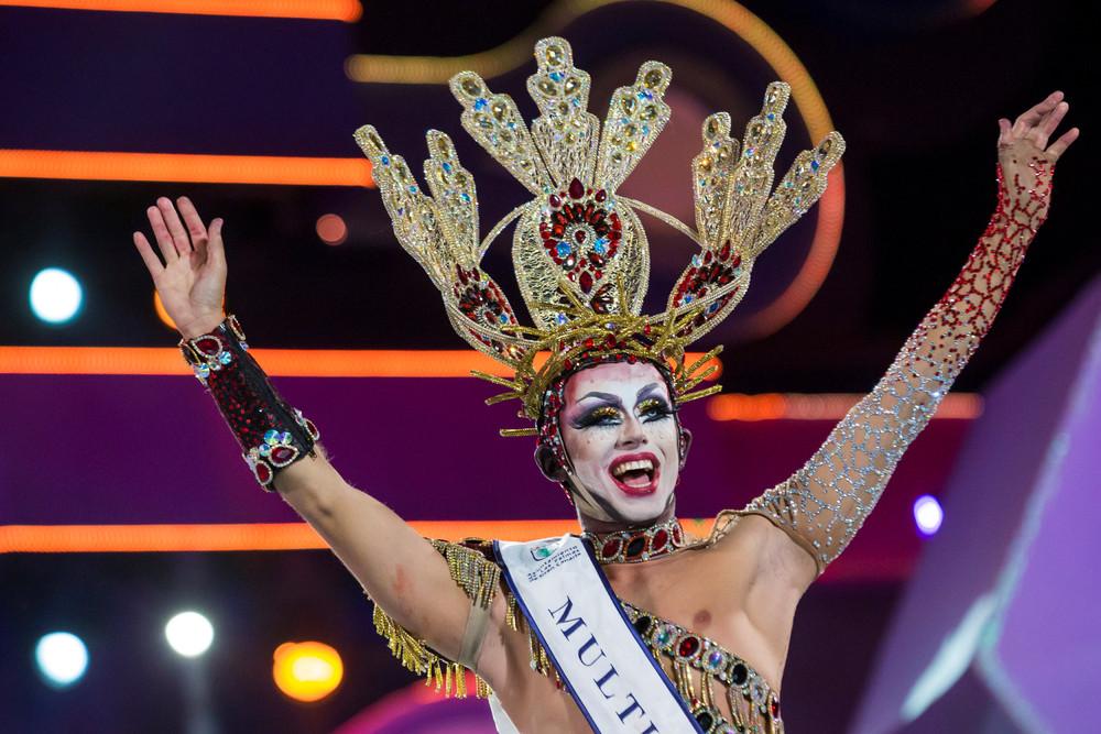 Конкурс трансвеститов в Испании