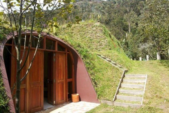 Модульные домики, напоминающие жилище хоббитов