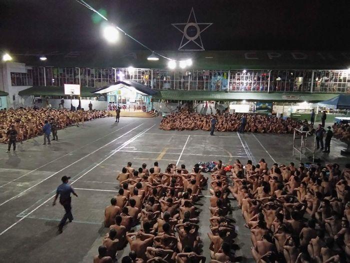 Жесткий обыск в филиппинской тюрьме возмутил правозащитников