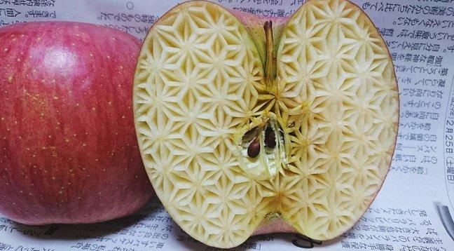 Вырезание по овощам и фруктам от японского мастера Гаку